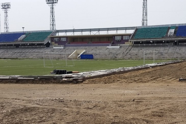 Ремонтируемый стадион. Фото пресс-службы правительства Иркутской области