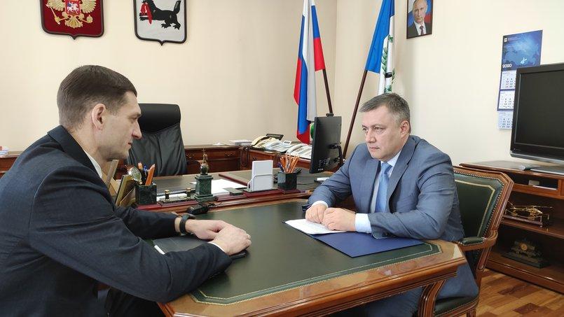 Константин Зайцев, экс-руководитель ФНС региона, на встрече с врио губернатра