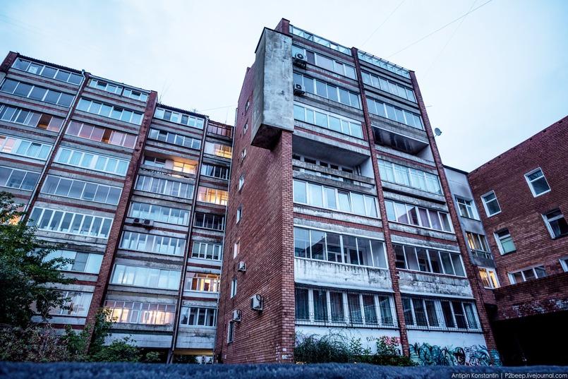 Направление необрутализма в Иркутске связано с именем Владимира Павлова