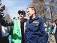 Дмитрий Викторович всегда с удовольствием фотографируется и общается с молодежью