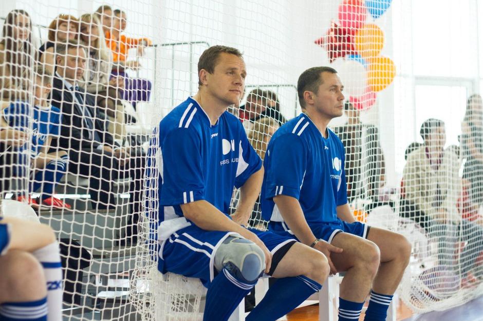 Страстью Дмитрия Бердникова был и остается футбол. Раньше он с единомышленниками играл в футбол на муниципальном стадионе «Локомотив» в Ново-Ленино. Надеемся, что тренировки он продолжает