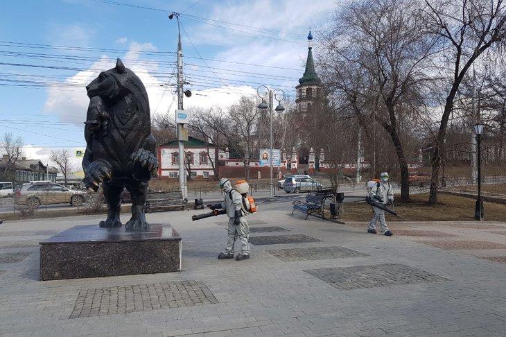 Дезинфекция в Иркутске. Фото пресс-службы администрации Иркутска