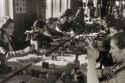 Фото из архива релейного завода