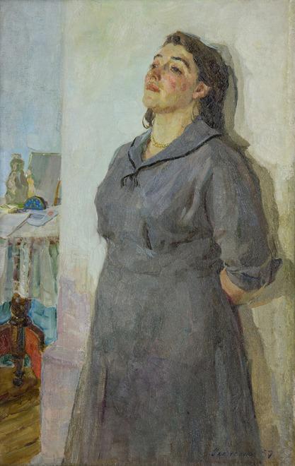 Анатолий Алексеев был прекрасным портретистом. В картинах, посвященных войне, ему важно было показать не испытания и подвиги, а личные переживания своих героев. Взгляд, поза, окружающая обстановка — все раскрывает характер и душевное состояние человека.