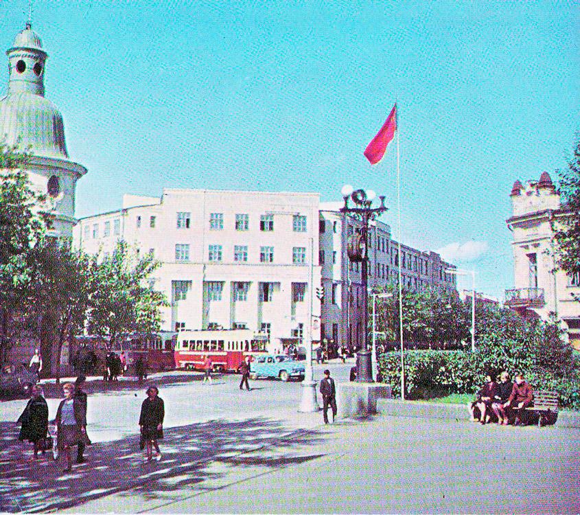 Институт народного хозяйства, 1967 год. Фото с сайта pribaikal.ru
