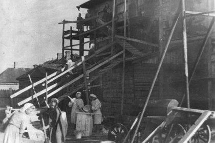 На иркутском мясокомбинате, 1941 год. Фото из архива завода