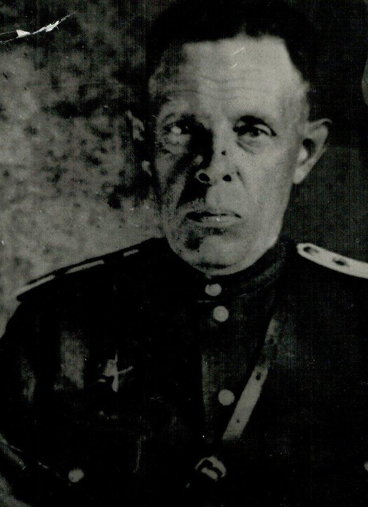 Антонин Миловзоров. Фото с сайта school3.irk.ru