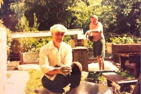 С сыном Владимиром на даче