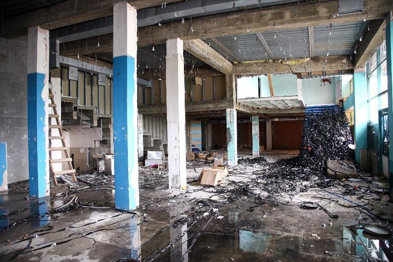 В настоящее время из «Чайки» вывезено все оборудование и мебель, частично демонтированы коммуникации. Фото Валентина Карпова
