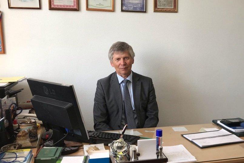 Александр Дмитриевич Ботвинкин, доктор медицинских наук, профессор, заведующий кафедрой эпидемиологии ИГМУ