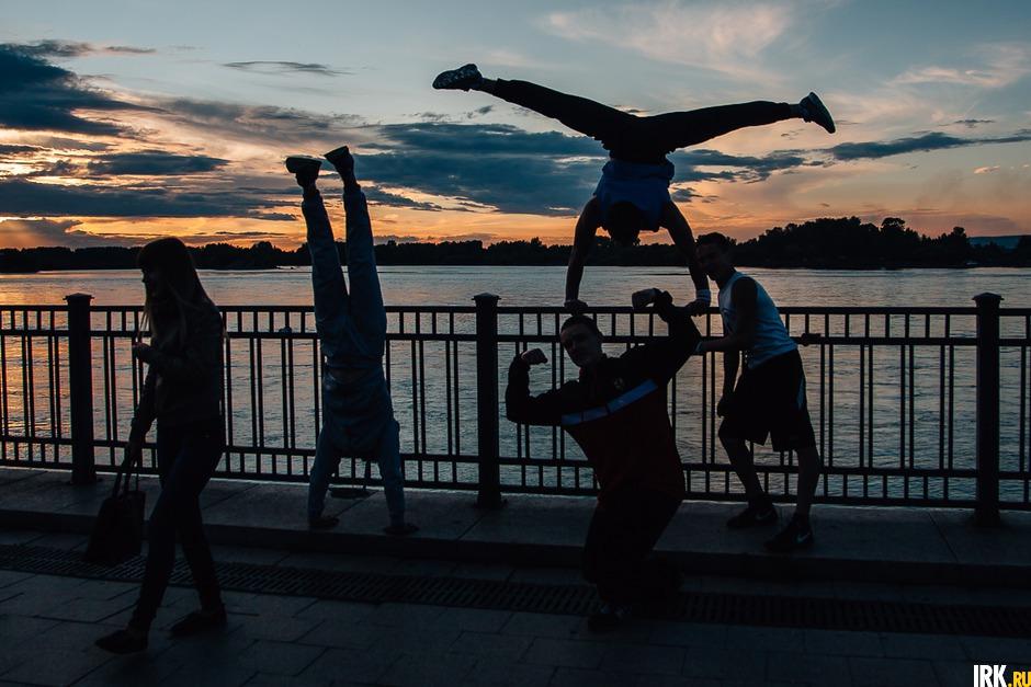 Иркутяне на День города в 2015 году. Автор фото — Артем Моисеев.