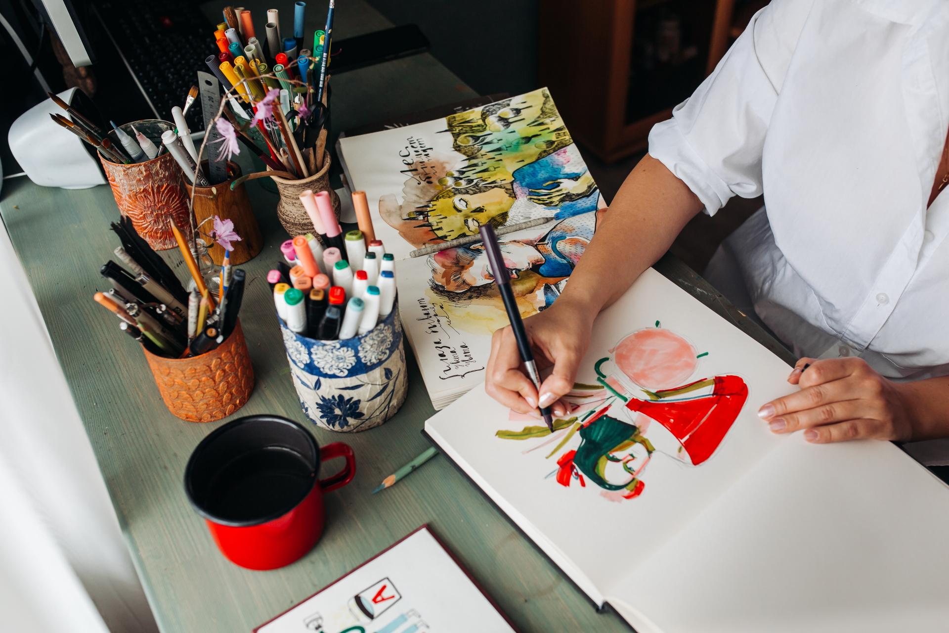 После школы поступила в политех по направлению «Графический дизайн»