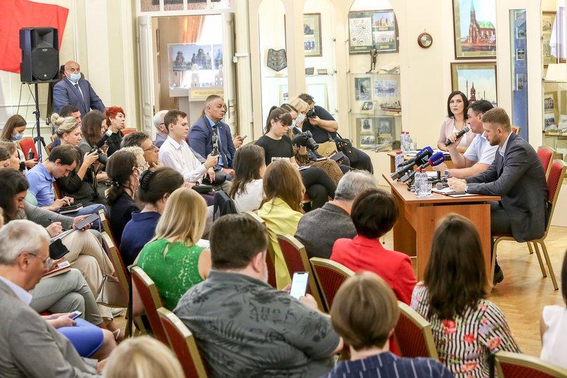 На встрече с журналистами обсуждались важные для Иркутска темы