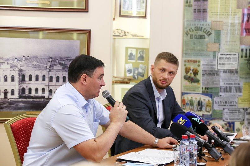 Администрация города и депутаты переходят на новый формат работы — вопросы обсуждаются и решаются совместно