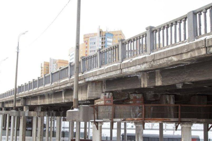Иркутный мост. Фото из соцсетей Сергея Тена