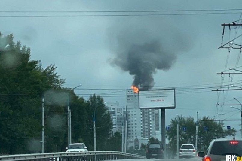 Пожар произошел на крыше первой блок-секции ЖК «Сантоки»