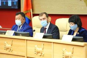 Депутаты Заксобрания обсудят вопросы оказания медпомощи и снабжение лекарствами в Иркутской области