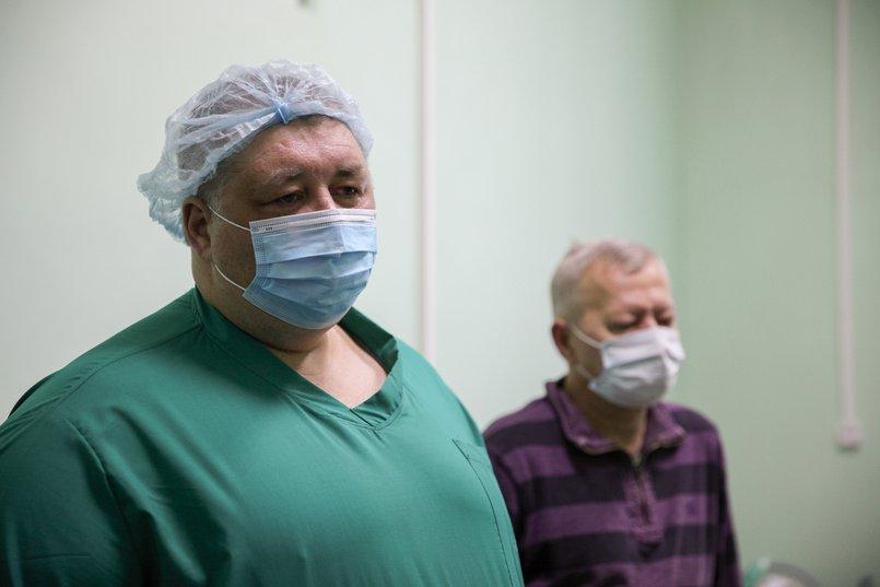 Евгений Дёмин, заведующий отделением реанимации Шелеховской районной больницы
