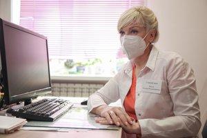 Врач из Шелехова, работающая в «красной зоне», рассказала об эффекте прививки от COVID-19