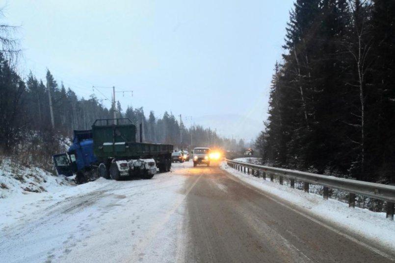 ДТП на 557-м километре трассы Усть-Кут—Братск