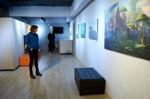 Первую картину в жанре постапокалипсиса художник написал в 2014 году, изобразив Иркутск под водой