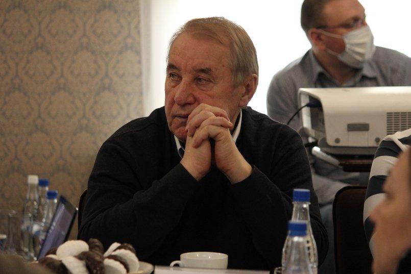 Владимир Матиенко, президент Федерации хоккея с мячом Иркутской области