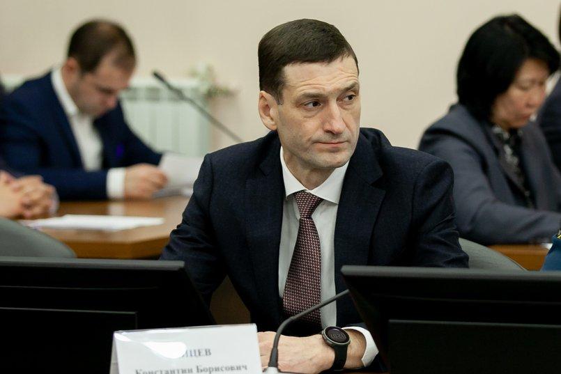 На должность председателя правительства был назначен Константин Зайцев