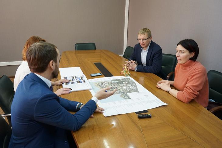 На совещании. Фото пресс-службы думы Иркутска