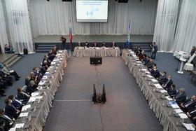 На заседании Регсовета. Фото пресс-службы правительства Иркутской области