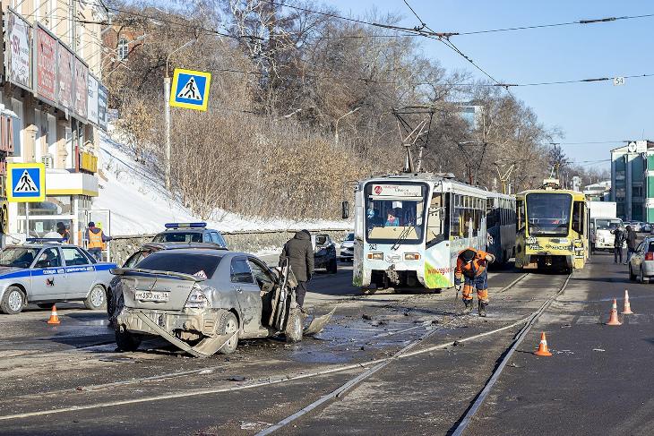 На месте ДТП. Фото из группы «Иркутский транспорт»