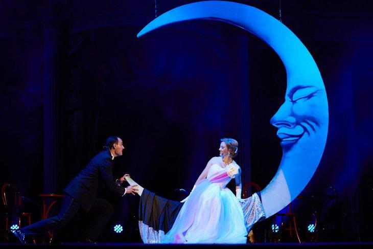 Сцена из спектакля «Принцесса цирка». Фото с сайта imt38.ru