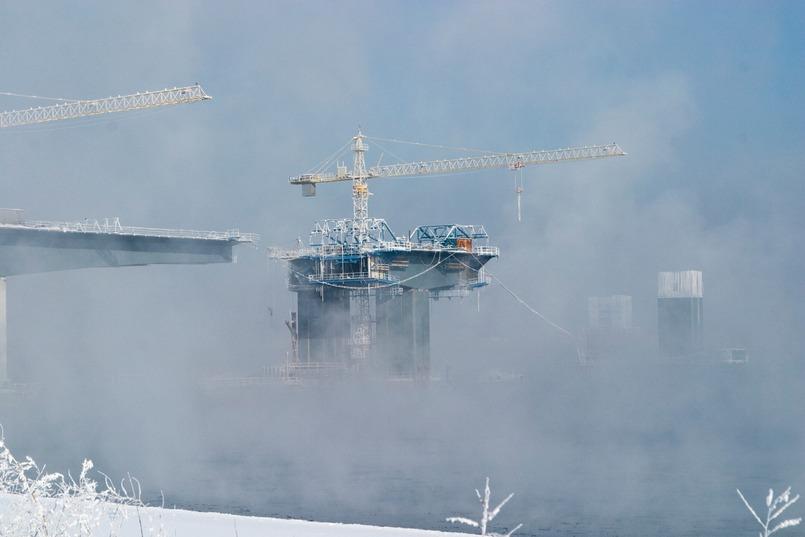 Строительство Академического моста в Иркутске