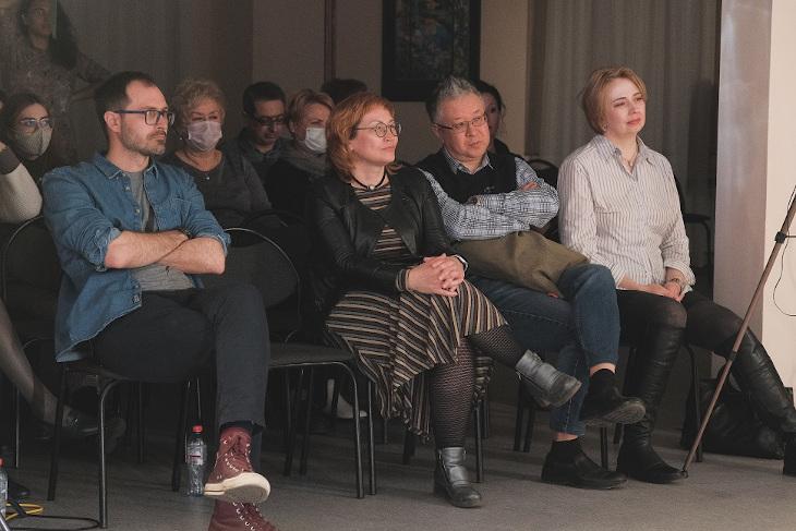 Алексей Поляринов и Лариса Сулейманова (на первом плане). Фото Евгения Михайлова
