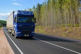 С мая по август на трассах Иркутской области запретят движение большегрузов в жару