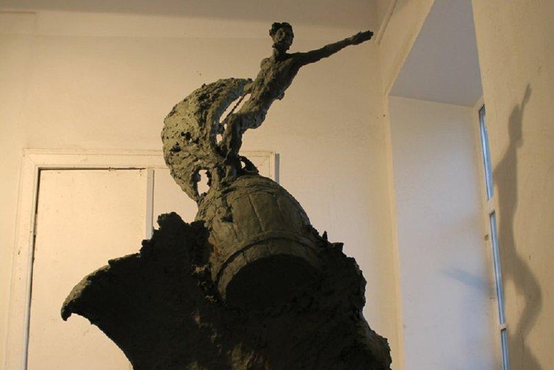 Скульптура «Священный Байкал»