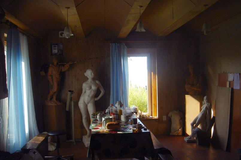 Дома у Аркадия Баирова