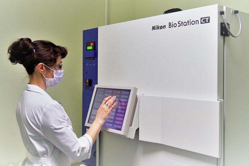 Биостанция для культивирования клеток и их анализа