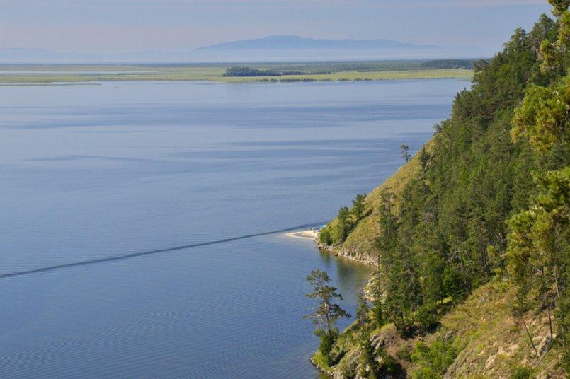 Чивыркуйский залив. Фото с сайта fanatbaikala.ru