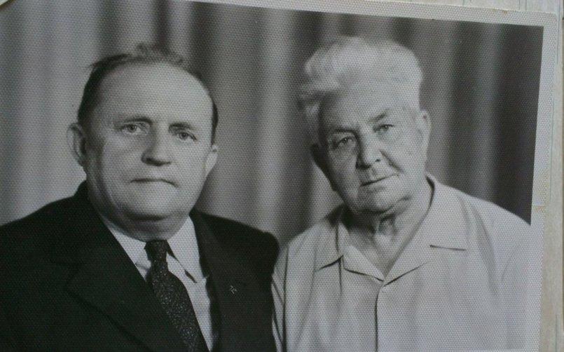 Иван Червов (справа) и чех Ян Земан, с которым состоял в партизанском отряде