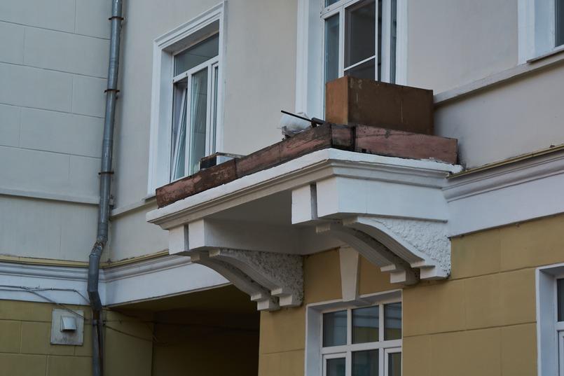 Некоторые элементы фасада не успели доделать до начала войны