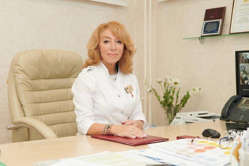 «Отмечаем высокую долю заболеваемости COVID-19 среди мигрантов», — добавила Юлия Плотникова