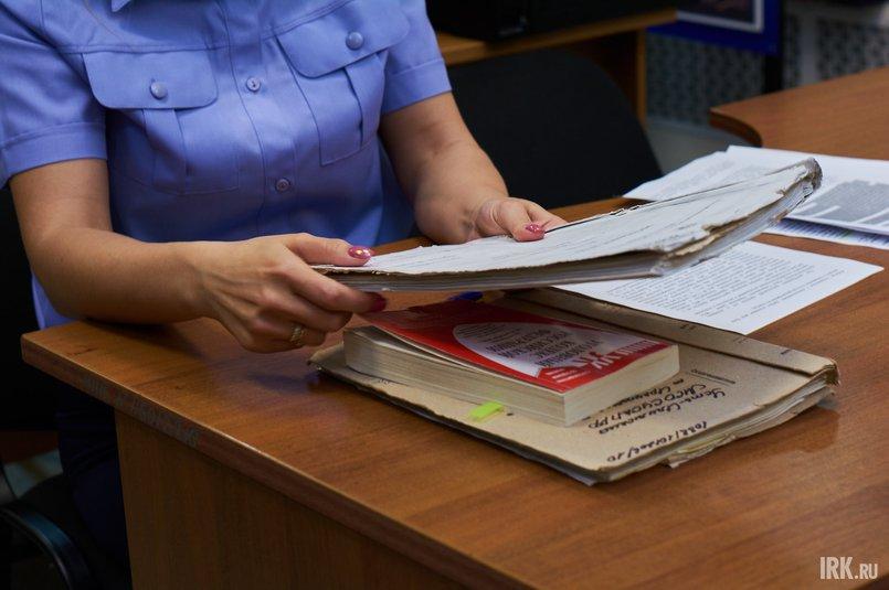 Если по делу есть вещественные доказательства, то его расследование возобновляют и назначают экспертизы.