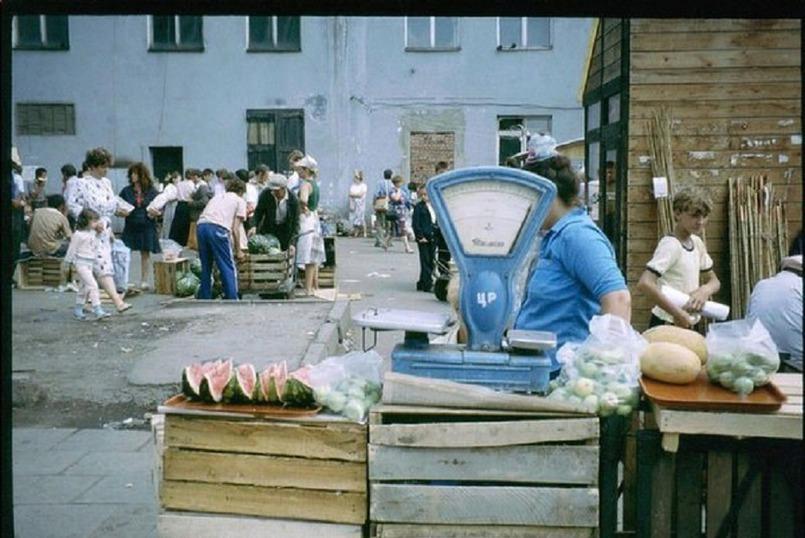 Центральный рынок в Иркутске, 1991 год