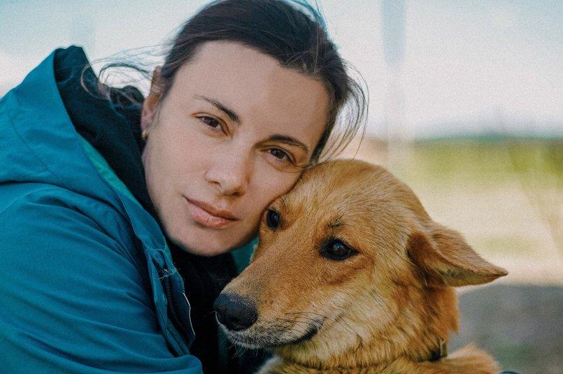 Наталья Ветрова с лисой. Лисе около двух лет, стерилизована