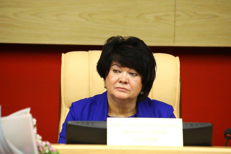 Вице-спикер, член фракции КПРФ Ольга Носенко