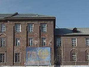 Здание ИВВАИУ. Фото из архива АС Байкал ТВ.