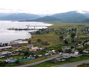 Поселок Култук. Фото с сайта www.lakebaikal.ru.