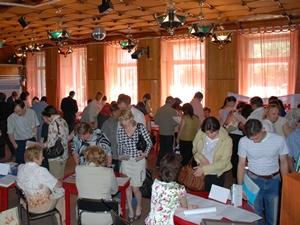 На ярмарке вакансий. Фото предоставлено ОГКУ ЦЗН города Иркутска