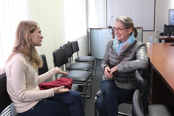 Барбара Бирфишер с переводчиком Натальей Усановой