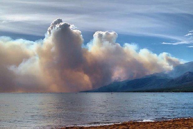 Пожары в Ольхонском районе. Фото пользователя Юлия Асадулина в «ВКонтакте»